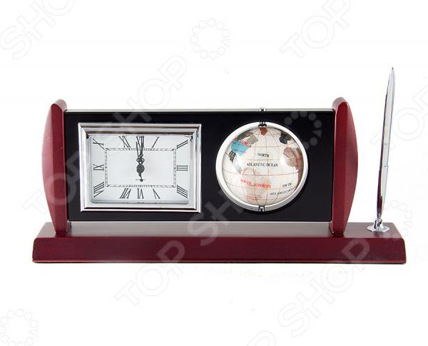 Письменный прибор Глобус 47047 настольная подставка, которая поможет оформить рабочий стол в кабинете. Прибор имеет встроенные часы и разделы, в которых легко умещаются все необходимые письменные принадлежности. Сделан из прочных и долговечных материалов, отличающиеся красивым внешним видом. Кроме того, эта вещь может стать отличным подарком дорогому человеку или коллеге. Рекомендуется регулярно удалять пыль сухой, мягкой тканью.
