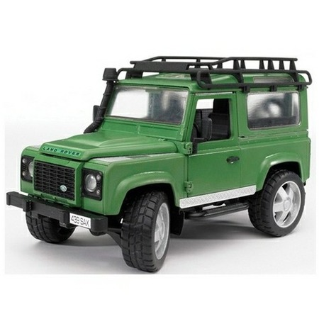 Купить Внедорожник игрушечный с аксессуарами Bruder Land Rover Defender