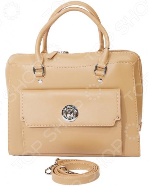 Сумка Galaday Моник это стильная и легкая сумка, которая сделана из кожи. Сумка достаточно вместительная, вы можете положить в нее всё необходимое. В любой момент вы будете выглядеть модно и элегантно. В комплектацию входит наплечный ремень и текстильный фирменный мешок.  На лицевой стороне сумки накладной карман, который закрывается на оригинальный замок.  На задней стенке сумки расположен небольшой карман, закрывающийся на молнию.  Внутри на боковых стенках расположены: два кармана на молнии и два открытых кармашка для мелочей.  Подкладка бежевого цвета с фирменным логотипом GALADAY.  Сумка закрывается на пластиковую молнию.  Размеры сумки вмещают формат А4.  Сумка носится в руке или на плече.  В комплектацию входит наплечный ремень и фирменный текстильный мешок.  На дне сумки расположены металлические ножки, защищающие её от механических повреждений.  Длина 33 см, ширина -13 см, высота -25 см, высота с ручками 40 см. Сумка сделана из натуральной кожи. Рекомендуется уход специальными средствами, предназначенными для данного вида кожи.