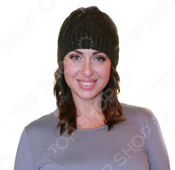 Шапка WoolHouse Арабика это очень популярная модель в этом сезоне, ведь используется ажурная вязка. Стильная вязаная шапка с норвежским рисунком, подходит как для мужчин, так и для женщин. Она надежно защитит от холода и внесет завершающий элемент в ваш классический или спортивный образ. Сложный узор будет выгодно отличать вашу шапку от других. Очень мягкая и приятная на ощупь. Прекрасно подойдет для прохладной осенне-зимней погоды. Можно отметить следующие преимущества:  Объемная вязка.  Выполнено из мягкого полотна 20 альпака, 60 шерсть мериноса, 20 полиамид .  Идеально подходят для ярких и оригинальных дам.