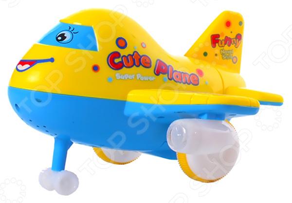 Игрушка электрифицированная Наша Игрушка «Веселый самолетик» самолет наша игрушка самолетик с дисками для запуска цвет в ассортименте 3 шт y17032099