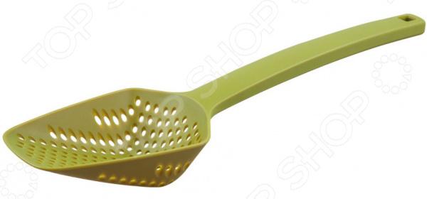 Miolla выпустила новую минималистическую серию кухонных аксессуаров. Стильная мерная ложка Miolla 1515117U пригодится на любой кухне, как профессиональной, так и любительской. Этот прибор необходим каждому кулинару. Преимущества данной модели:  долговечность;  экологичность;  высокое качество;  небольшой вес;  стильный дизайн. Изделие позволит вам быстро отмерять необходимое количество сыпучих продуктов. Производитель выбрал нейлон, потому что он не оставляет царапин на посуде. Также, его можно мыть как вручную, так и в посудомоечной машине, что, несомненно, облегчит уборку на кухне. Помимо мерной ложки, Miolla выпускает целый список различных кухонных аксессуаров данной серии. Они помогут вам в приготовлении различных блюд, а также превосходно впишутся в интерьер любой кухни.