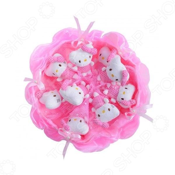 Букет из мягких игрушек Toy Bouquet Котята C001 это не только прекрасная альтернатива традиционному цветочному букету, но и отличная возможность сделать любимому человеку оригинальный и запоминающийся подарок. Он отлично подойдет в качестве сувенирного подарка маме, подруге или любимой девушке. Букет выполнен в нежно-розовых тонах и украшен атласными ленточками и фигурками очаровательных плюшевых котят.