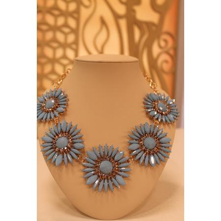 Купить Колье «Весенняя хризантема»