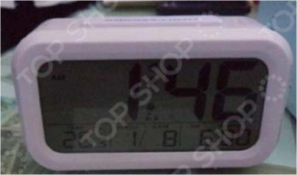 Метеостанция 48128 электронный прибор, который фиксирует погодные условия и выводит показатели на дисплей. Он не только измеряет, но и просчитывает для вас прогноз погоды на ближайшее время. В каждой электронной метеостанции есть цифровой датчик, с помощью которого происходит измерение погодных показателей. Домашняя метеостанция это современный многофункциональный прибор, который не только украсит ваш стол, но и принесет несомненную пользу. Устройство пользуется особой популярностью среди людей, страдающих от резких изменений атмосферного давления. Метеостанция поможет проследить за перепадами давления и вовремя принять меры по улучшению самочувствия. Данная модель имеет классическую прямоугольную форму электронного будильника с дисплеем-окошком в центре. Данные выводятся на монохромный дисплей LCD. Прибор регистрирует температурные показатели и выводит их на экран. Также, в систему метеостанции встроены программа часов и календаря. Для большей продуктивности добавлена функция будильника, которая не позволит вам проспать в ответственный момент. Электронная метеостанция проста в уходе и питается от батареек типа ААА. Прибор станет не только оригинальным, но и полезным подарком, который порадует своего владельца.