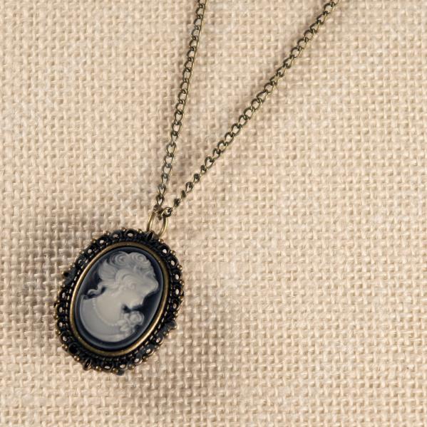 Кулон-часы Mitya Veselkov «Камея»