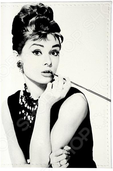 Визитница Mitya Veselkov «Одри курит» визитницы mitya veselkov визитница одри в черном платье
