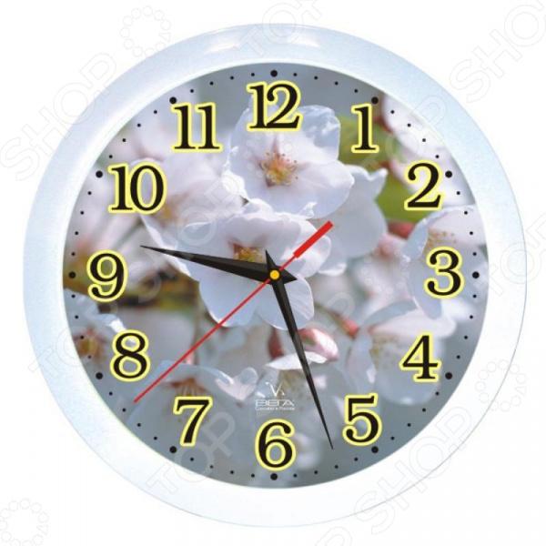 Часы настенные Вега П 1-7/7-3 «Белые цветы» часы настенные вега п 1 674 6 304 черно белые ромашки