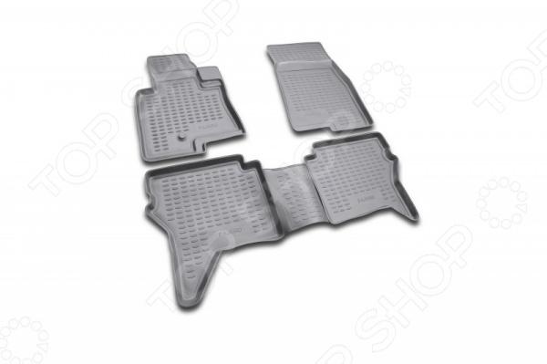 Комплект ковриков в салон автомобиля Novline-Autofamily Mitsubishi Pajero IV 2006 3 door комплект проставок для лифт кузова pajero 2