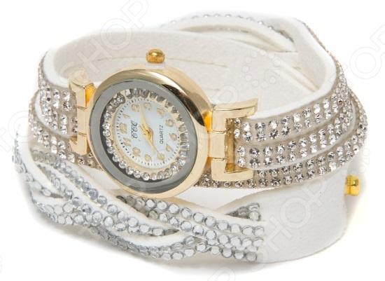 Часы-браслет Mitya Veselkov со стразами
