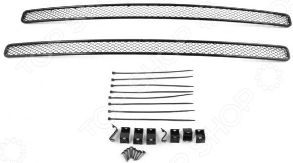 Комплект внешних сеток на бампер Arbori для Toyota RAV4 с камерой, 2015. Цвет: черный коврики салона rival для toyota rav4 2013 2015 2015 н в резина 65706001