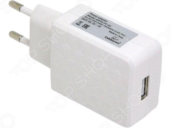Адаптер питания для сетевого оборудования Cablexpert MP3A-PC-03 незаменимый аксессуар для любого владельца современных гаджетов, например, смартфона, планшета, электронной книги. Каждый обладатель этих девайсов сталкивается с ежедневной необходимостью зарядки аккумуляторной батареи. Однако, как быть в ситуации, когда оригинальная зарядка вышла из строя или потерялась Адаптер питания с USB-разъемом предназначен для подзарядки устройств от сети переменного тока. Устройство не просто подает ток, а преобразует напряжение сети из 100-240 В в необходимые для ваших устройств 5 В. Сетевой адаптер обеспечивает надежную защиту устройств от скачков напряжения сети, за счет чего продлевает срок их службы.  Основные особенности устройства  Адаптер выполнен из прочного и качественного пластика, благодаря чему отличается небольшим весом.  Удобная и практичная конструкция обеспечивает безопасность удобство в использовании.  Надежная встроенная защита делает устройство устойчивым к перепадам напряжения в электросети.  Диапазон входного рабочего напряжения составляет от 100 В до 240 В, что делает адаптер практически универсальным.  Обеспечивает глубокую и эффективную зарядку устройств. Адаптер питания для сетевого оборудования Cablexpert MP3A-PC-03 станет прекрасно альтернативой оригинальным адаптерам для устройств различных моделей и брендов.