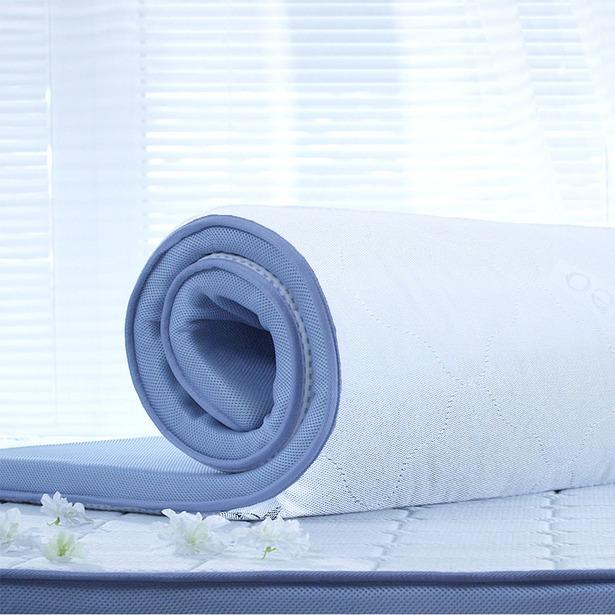 фото Двусторонний матрас-топпер DORMEO Roll Up «PREMIUM Стандарт»