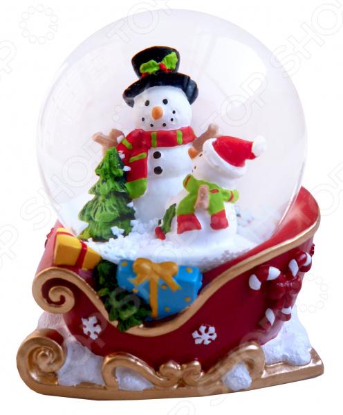 Снежный шар декоративный Crystal Deco «Снеговики в санях»