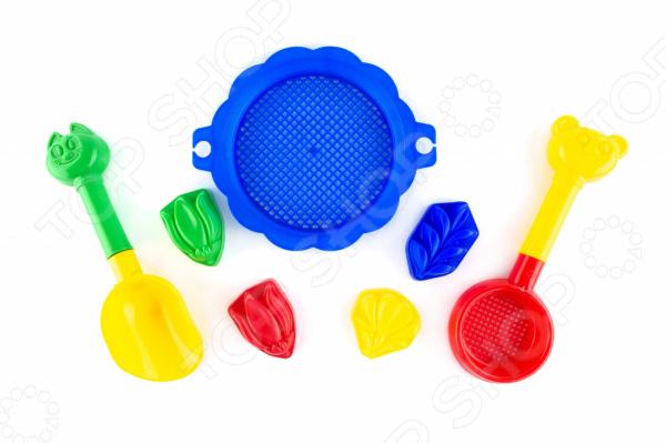 Набор для игры в песочнице Пластмастер «Бережок» 4м фигурки из формочки грузовики