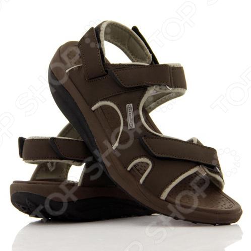 Сандалии мужские Walkmaxx Beach оптимальная обувь на летние месяцы. Наслаждайтесь легкими непринужденными прогулками, даже в самое жаркое время. Будьте в форме в течение всего дня Поверхность подошвы сандалий покрыта пупырышками , которые очень приятно массируют стопу чудесное ощущение во время летних прогулок. Пляжные сандалии Walkmaxx оптимальная обувь на летние месяцы. Наслаждайтесь легкими непринужденными прогулками, даже в самое жаркое время Легкие сандалии Walkmaxx обеспечат прохладу и свежесть вашим ножкам. Оригинальная округлая подошва Walkmaxx поможет улучшить мышечный тонус, пока вы занимаетесь повседневными делами. Укрепляйте мышцы ног и ягодиц. Округлая подошва при ходьбе создает естественные перекатывающиеся движения. Чем больше и активнее вы двигаетесь, тем лучше усиливается циркуляции крови Пляжные сандалии Walkmaxx помогут перераспределить давление с суставов на мышцы. Таким образом, вы можете похудеть и укрепить свое тело быстрее! Отрегулируйте сандалии индивидуально по вашей ноге с помощью липучек . Отправляйтесь на прогулки с уверенностью и поддержкой! Округлая подошва Walkmaxx поможет:  переносить давление с суставов на мышцы;  улучшить осанку;  снять напряжение;  улучшить тонус и укрепить мышцы икры, бедра, ягодицы и брюшной ;  активнее сжигать калории, а следовательно, терять лишние килограммы;  улучшить циркуляцию крови.
