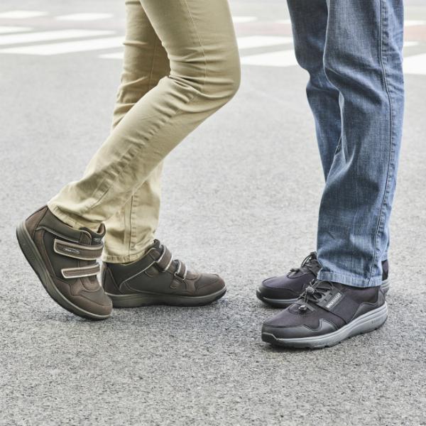 Кроссовки адаптивные женские Walkmaxx Wedge. Цвет: коричневый 4