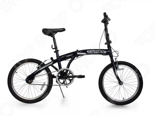 Велосипед городской складной Larsen Urban великолепная складная модель, которая отлично подойдет для взрослых весом и не более 95 кг. Данная модель идеально подойдет для катания по парковым дорожкам, тропинкам или городским дорогам. Велосипед имеет продуманную конструкцию со стильным дизайном, которая обеспечит максимальную безопасность и комфорт. Легкая и прочная алюминиевая рама также оснащена жесткой вилкой из стали, которая менее подвержена механическим повреждениям, коррозии и ржавчине в сырую погоду. Другие особенности модели Larsen Urban:  складная конструкция рамы гарантирует компактную перевозку и хранение велосипеда;  мягкое седло придает комфорт и делает прогулки ещё более удобными;  колеса обладают отличной маневренностью, накатом и ускорением;  удобный тормоз V-brake отличается простотой в использовании. Данная модель подойдет для велопрогулок и маневрирования по заполненным автомобилями улицам. Достаточно широкие колеса обеспечивают прекрасное сцепление с дорожным грунтом, а простая конструкция руля и рамы, ножные тормоза позволят быстро освоиться.
